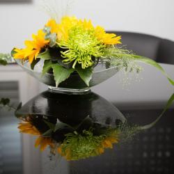 Blumenschmuck im neuen Mindbreeze Office
